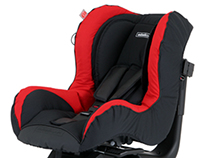 New clothing for the children's car seat.