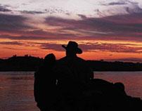 Amanecer sobre el rio Meta - Colombia
