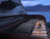 Piano & light bulb