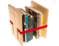 Lo stretto Indispensabile -  bookshelf
