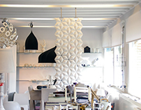 GORGEOUS WHITE SCREEN ROOM DIVIDER