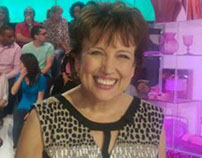 smile from France donated by Roselyne Bachelot-Narquin