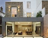 House in London by Mario Mazzer Architects