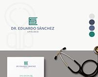 Propuesta 1 de Logotipo Dr. Eduardo Sánchez