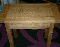 Scottish Pippy Oak Side Table