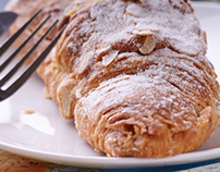 French almond croissant