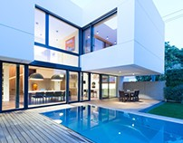 White Cubes House by at26