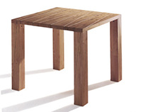 Woody, table