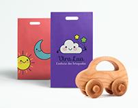ViraLua Brinquedos / Educational Toys Brand Identity
