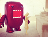 Domo-Kun with Toi San model