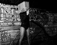 Unboxing Queen