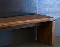 Bench in solid chestnut
