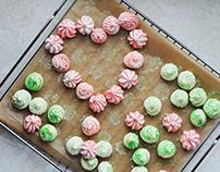Colorful meringues