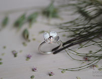 The water crowfoot earrings and ring