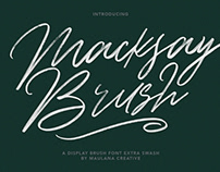 Macksay Display Brush Font