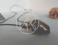 "Pendant  "" C u s t o d i a n "" | jewelry"