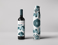 Wine Bottle Wrapping Mock-up 2