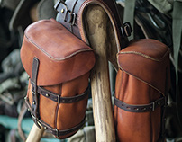 Front saddlebags, leather.