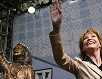 Mary Tyler Moore, TV legend, has died at 80