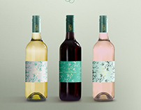 FREE PSD / display mockup wine bottle / CHRYSOPRASE