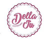 Logo - Della Ju Confeitaria