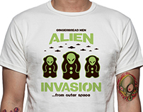 Gingerbread Men Alien Invasion - t-shirt