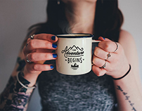 Free Enamel Coffee Mug Photo Mockup PSD