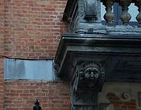 et j'énumérais les détails de Bruxelles....