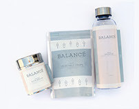 BALANCÉ : Boosting snacks for dancers on the go.