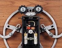 Upcycled robot /// Name: Wallrobo