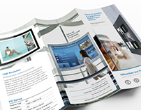 Tri-fold: Digital Signage InDesign Brochure