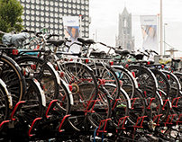 Bikes and traffic in Utrecht