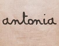Corto: Antonia