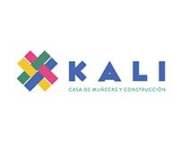 K A L I : Casa de Muñecas y Construcción