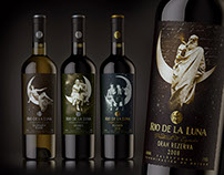 """Spanish wine """"Rio de la Luna"""""""
