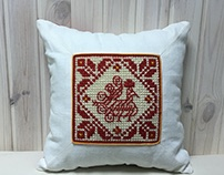 Slavic pattern on the decorative cushions