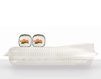 SUSHI CONTAINER WITH SAUCE LID