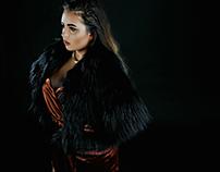 #TRENDWHORE 'Golden Girl', Shoot - Beauty Article