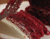 Red velvet cheesecake with creamcheese frosting