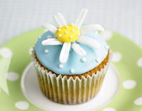 Daisy Cake Logo Design