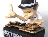"dj KENTARO ""2002 DMC WORLD CHAMPION"" figure"