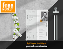 FREE | Folded Paper Mockup