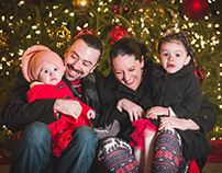 Holiday portraits on the historic Medina square!