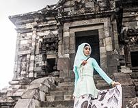 Hijab on Candi Banyunibo