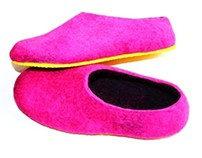 Felted wool slippers Hot Pink and Black. Yellow Sole