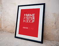 Poster Frame Grunge Mock-Up