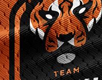 TEAM RAW | Mascot Logo
