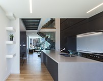 Instar House by Atelier RZLBD