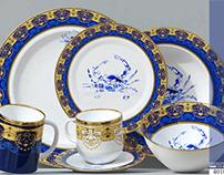 Crab with elegant classic gold motifs
