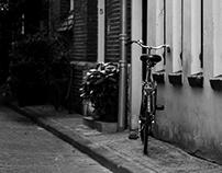 Black & White Stroll